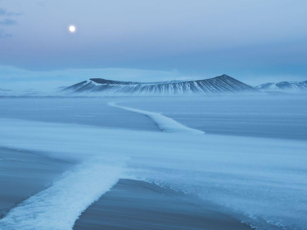 冰岛Hverfjall火山口