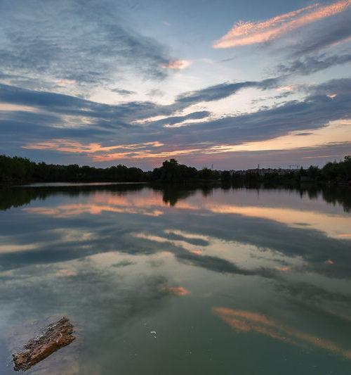 野湖的黄昏